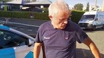 Les mécanos d'AG2R La Mondiale, dans les coulisses du Tour : le lavage des voitures