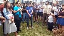 ODTÜ'deki eyleme destek veren Rabia Naz'ın babası Şaban Vatan kızı için fidan dikti