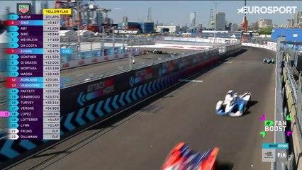 Race 12 - New York City 5 Minute Highlights