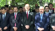 Şentop ve Soylu, Karşıyaka Mezarlığı 15 Temmuz Şehitliği'nde anma programına katıldı (2)