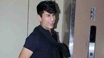 Sara Ali Khan's brother Ibrahim Khan makes stylish pose for media camera | FilmiBeat