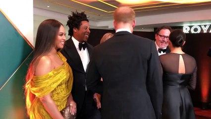 Meghan Markle y Beyoncé hablan de sus hijos en la alfombra roja