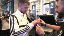 Raucous welcome as Aaron Ramsey prints his new Juve shirt