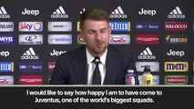(Subtitled) Ramsey gives statement in Italian at first Juventus press conference