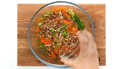 Salade de kale (façon salade de chou)