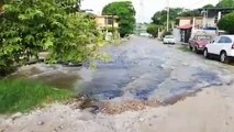 Gran fuga de agua afecta a colonia de Tampico
