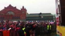 Crowds go wild for Alesha Dixon