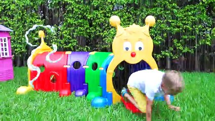 Vlad and Nikita build Inflatable Playhouse for children (1)