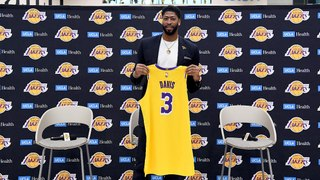 Anthony Davis Dishes on Filming 'Space Jam 2'