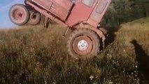 Un dépannage de voiture qui tourne très mal pour le tracteur... Oups
