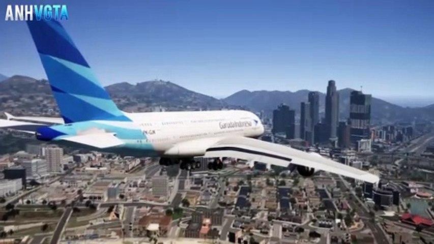 Garuda Indonesia Airbus A380 Emergency Crash Landing On A Yacht