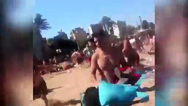 Multitudinaria pelea en la playa familiar de la Barceloneta