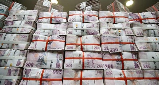 Milli Piyango'nun yılbaşı özel çekilişinde kazanılan büyük ikramiye bankada hazırlandı, talihlisini bekliyor