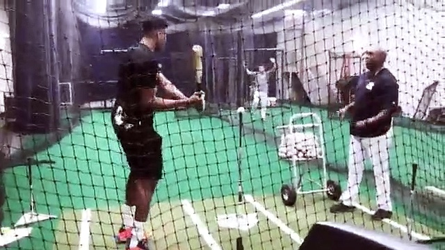 Baseball – NBA MVP Giannis Antetokounmpo tried his hand at baseball