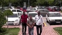 Alacağı olan gencin annesini rehin alıp babasını vurduğu iddiası