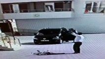 Kavgada yere yığılan adamın üzerinden arabayla böyle geçti