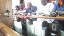 Point de presse des 3  Groupes parlementaires de l'opposition Vox populi, PDCI-RDA et Rassemblement. Déclaration lue par l'Honorable Akoto Olivier du PDCI.
