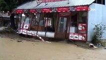 Düzce'de sel, heyelan sonrası 10 kişi mahsur kaldı