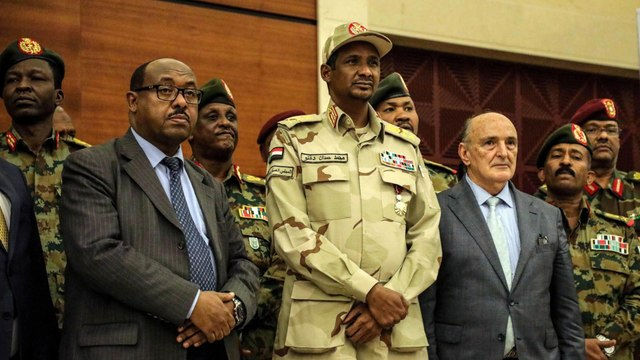 Sudan: What have military and opposition coalition agreed to?