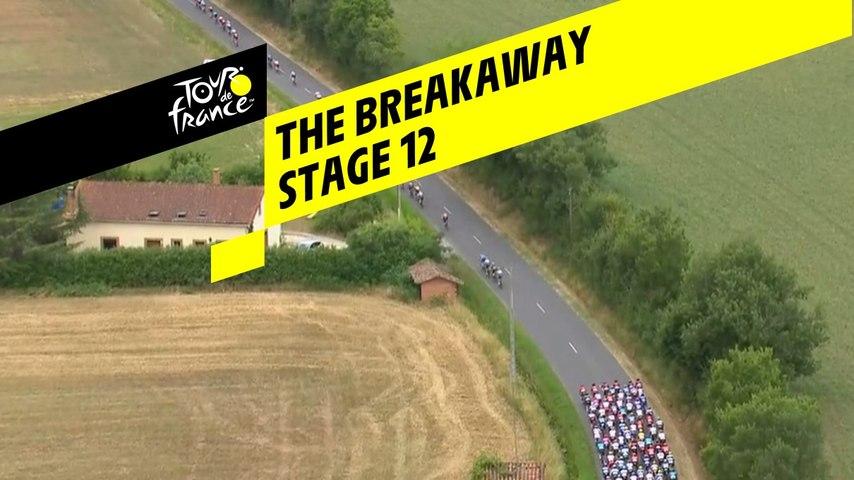 Echappée avec 40 coureurs / Breakaway with 40 riders - Étape 12 / Stage 12 - Tour de France 2019
