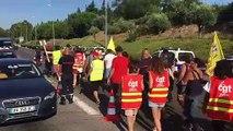Martigues : pompiers  et  personnels hospitaliers unis dans une même manifestation