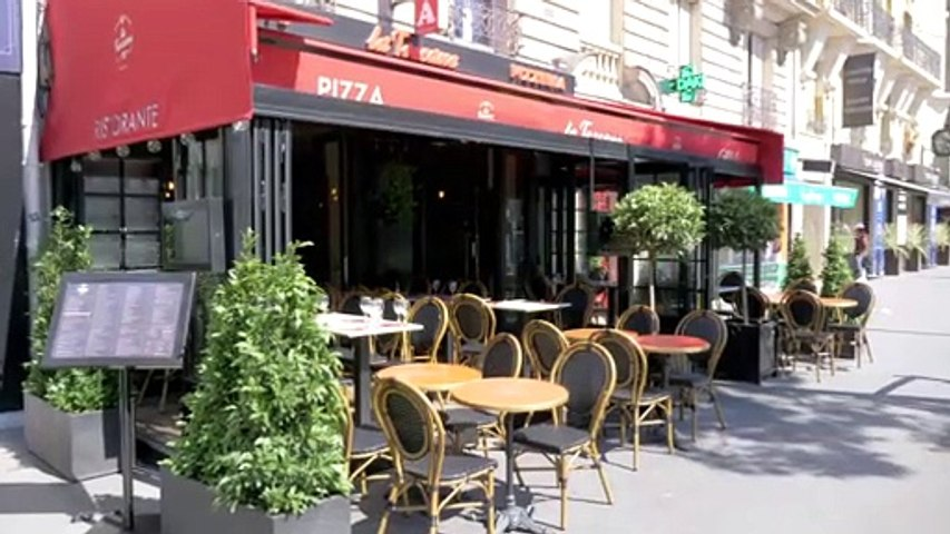ART_terrasses de cafés parisiens.