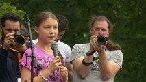 Greta Thunberg junto a los jóvenes berlineses en una acción contra el cambio climático