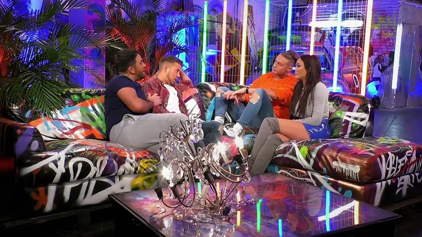 Ryan Ruckledge Kicks BF Hughie Maughan In The Balls Over Gold Digger Tatt - Just Tattoo Of Us 308