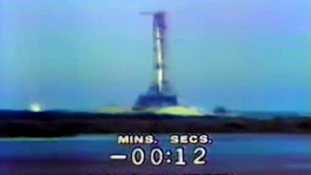 INTERGALACTIC FASHION! #Apollo50
