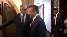 Cumhurbaşkanı Yardımcısı Oktay, KKTC Cumhurbaşkanı Akıncı ile bir araya geldi