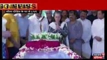 यूपीए चेयरपर्सन सोनिया गांधी ने पूर्व मुख्यमंत्री शीला दीक्षित को श्रद्धांजलि दी