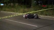 İzmir - Motosiklet bariyerlere çarptı: Sürücü öldü