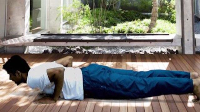 Yoga to Reduce Belly Fat | Chaturanga Dandasana से घटेगा आपका बेली फैट | Boldsky