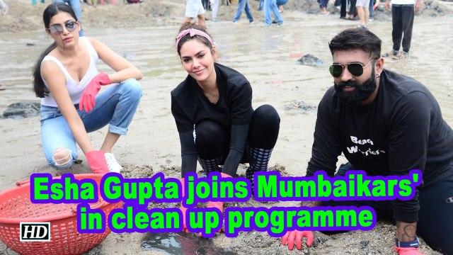 Esha Gupta joins Mumbaikars' in clean up programme