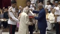 M.S Dhoni Collects His Padma Bhushan Award From President Kovind