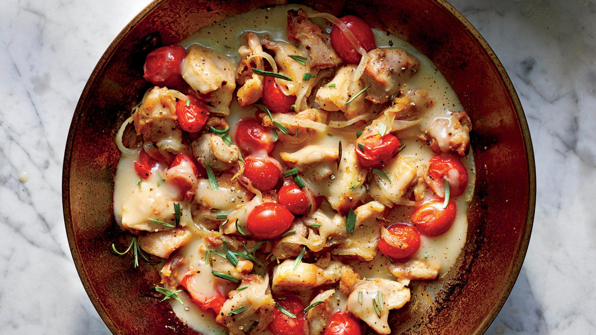 How to Make a Chicken Tomato Skillet Dinner