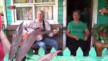 mqn-esposos-serenatero-210719
