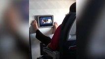 Repugnante escena en avión revela el uso poco higiénico de las pantallas táctiles