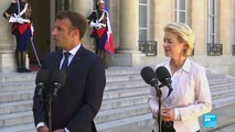 """Emmanuel Macron félicite Boris Johnson et souhaite """"au plus vite"""" travailler avec lui"""