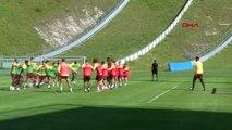 SPOR Galatasaray yeni sezon hazırlıklarını sürdürüyor 2