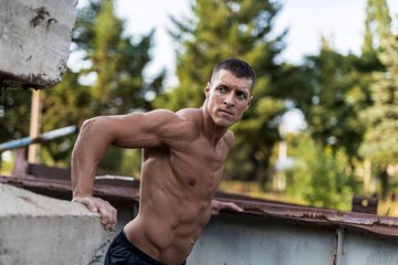 Dips to help you get bigger arms