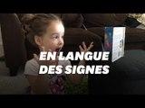 À trois ans, cette petite fille sourde traduit un livre en langue des signes
