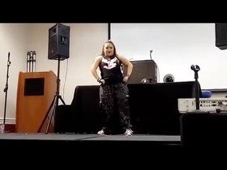 Das ist die erste Zumba-Trainerin mit Down-Syndrom!