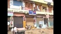 Madurai -  Shops, Commercial Establishments Remain Closed, Black Flags Shown In Protest Against Jallikattu Ban