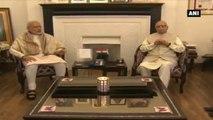 PM Modi Wishes LK Advani On His 88th Birthday