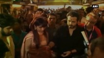 Ganesh Chaturthi- Emraan Hashmi Seeks Bappa's Blessings.mp4
