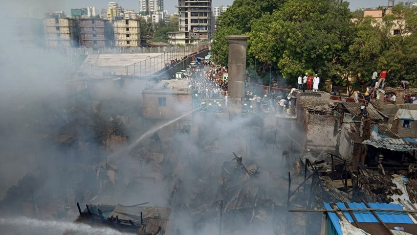 Over 60 houses gutted as massive fire breaks out in Bandra slum in Mumbai