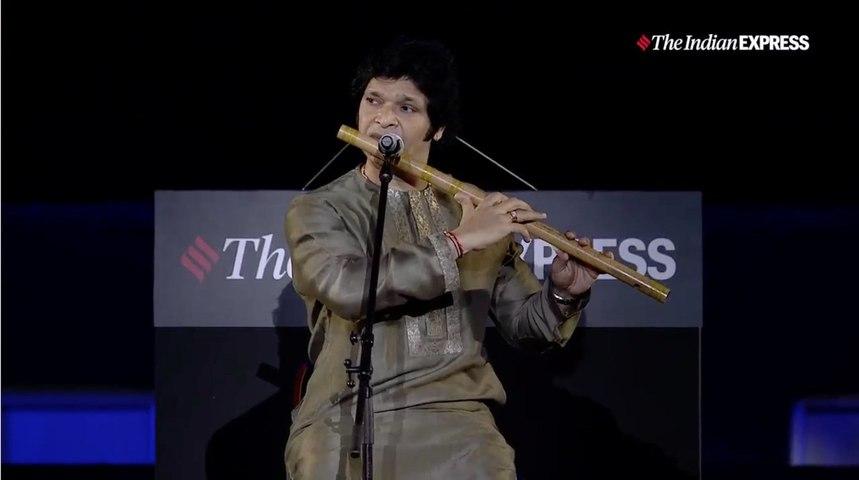26/11 Stories of Strength – Flautist Rakesh Chaurasia at Gateway of India