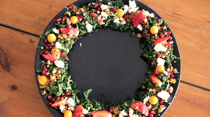 Christmas Special – Napa Valley Salad Wreath
