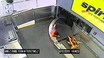Bagaj bandına çıkan çocuk havalimanında panik yarattı